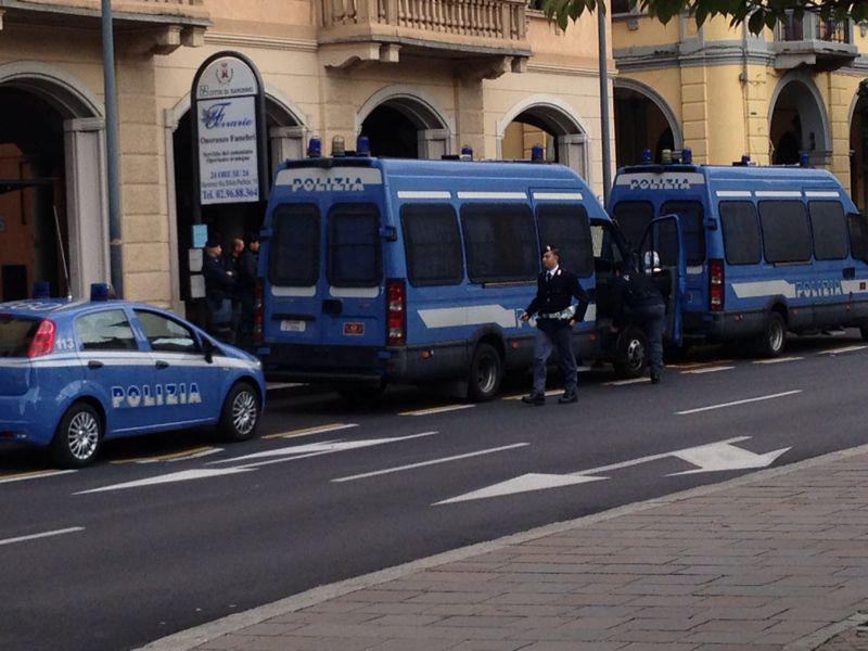 FIRMA LA PETIZIONE PER DIRE NO ALLA CHIUSURA DEL COMMISSARIATO DI POLIZIA DI PESCIA.