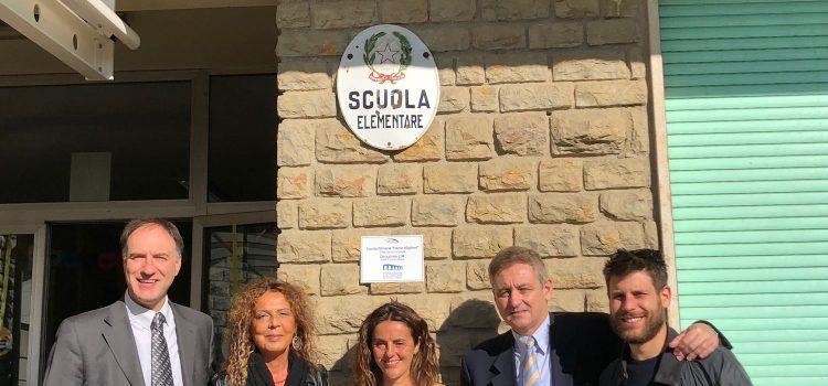 """#ChiesinaUzzanese, Inaugurazione LIM alla Scuola Primaria """"Dante Alighieri""""."""